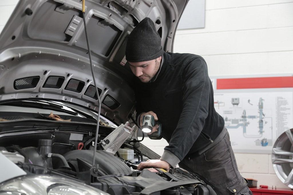 Automatizar el mantenimiento vehicular